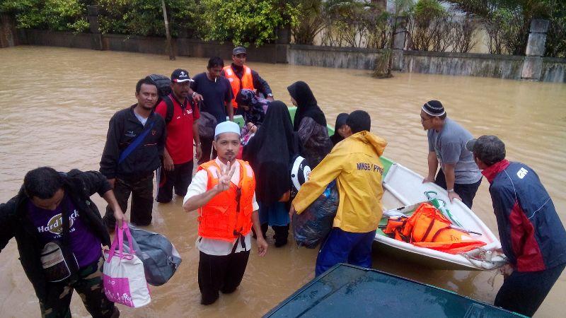 Ops banjir selamatkan org