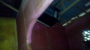 peti sejuk di atas bumbung