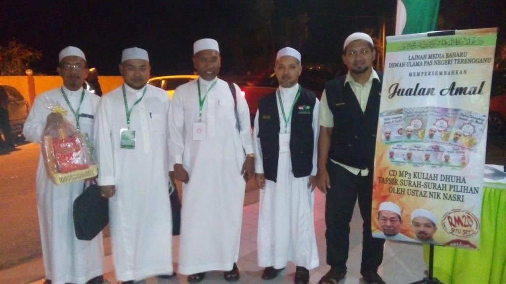 bersama Ust Idris ahmad
